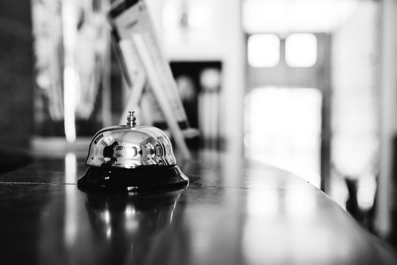 La cloche de la réception, Hôtel Edouard 7 à Biarritz