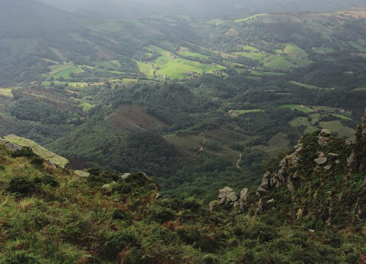 Partir en vacances au Pays Basque : entre mer et montagne